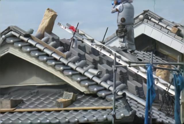 屋根の葺き替え工事とは?葺き替え工事について徹底解説!